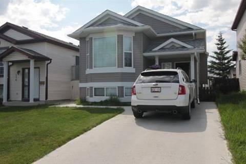 House for sale at 166 Martin Crossing Cs Northeast Calgary Alberta - MLS: C4248877