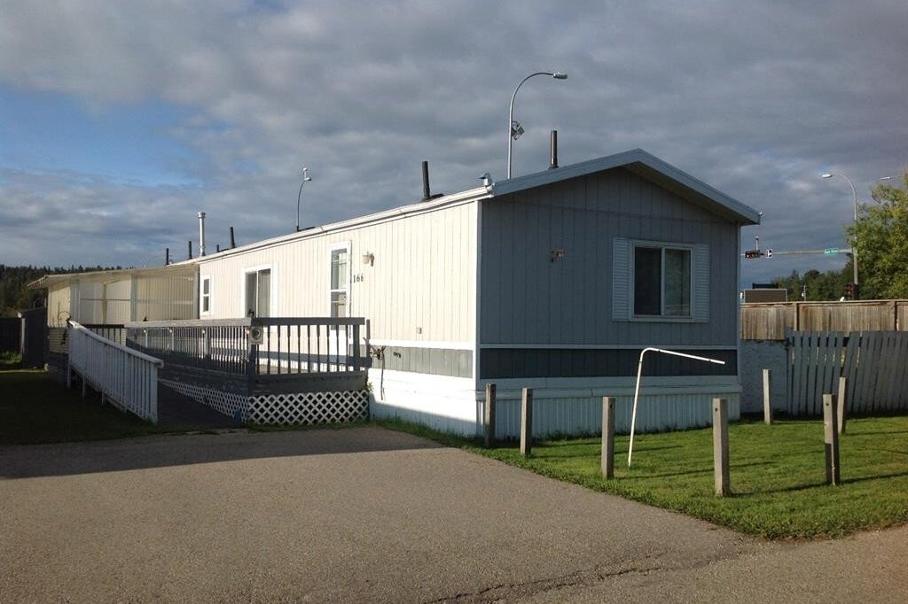 Residential property for sale at 166 River Valley Estate  Whitecourt Alberta - MLS: AW51112
