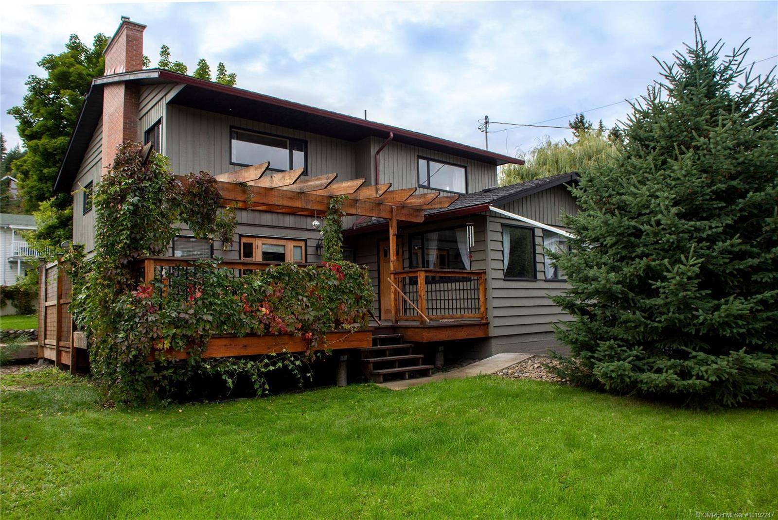 166 Salmon Arm Drive, Enderby   Image 2