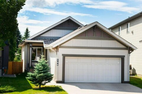 House for sale at 166 Valleyview Ct SE Calgary Alberta - MLS: A1023762