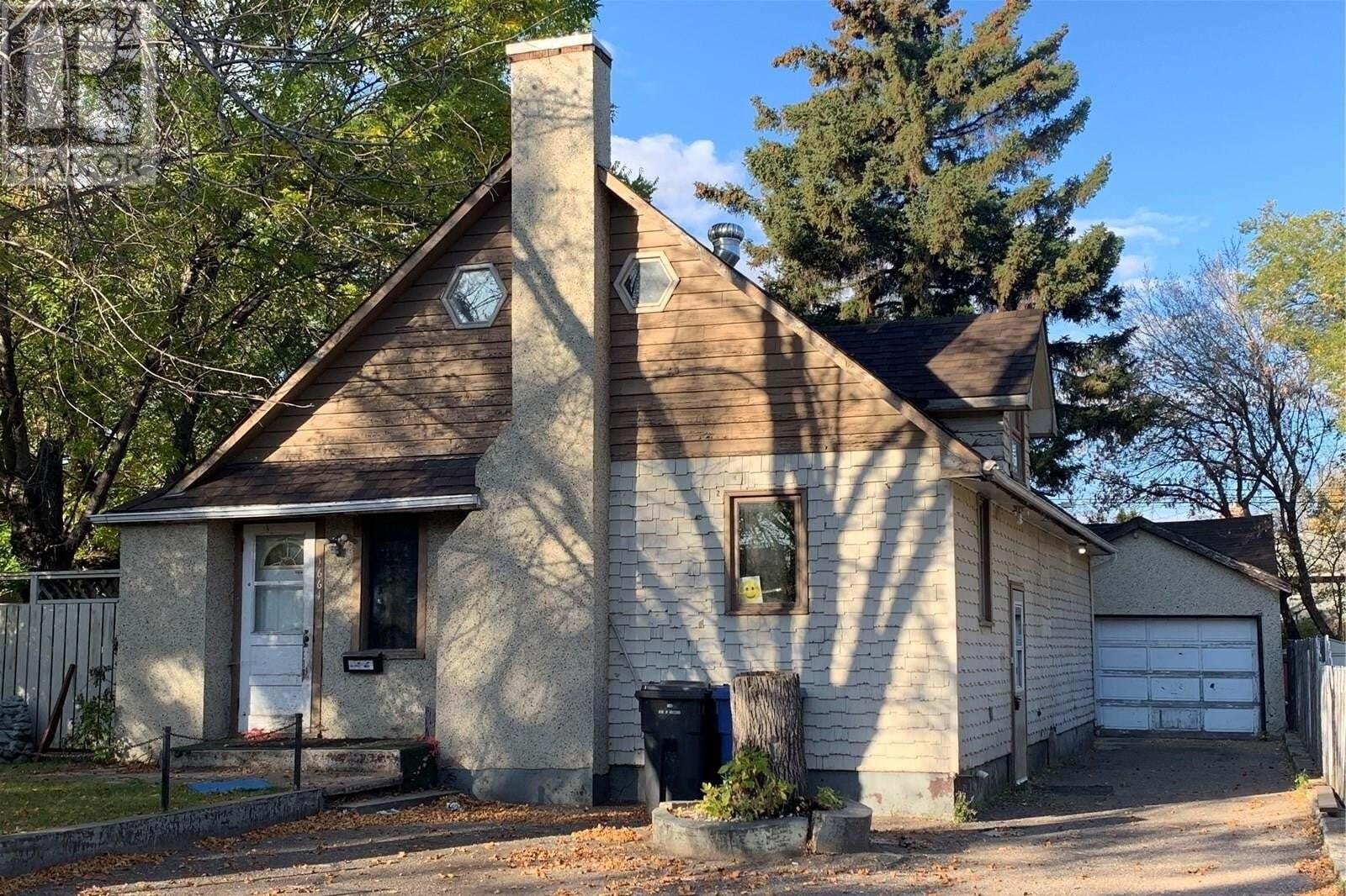 House for sale at 1661 101st St North Battleford Saskatchewan - MLS: SK828752