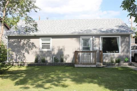House for sale at 1662 102nd St North Battleford Saskatchewan - MLS: SK778050