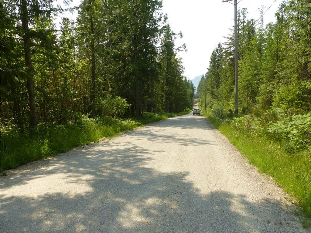 Home for sale at 16630 Hedstrom Rd Crawford Bay British Columbia - MLS: 2438004