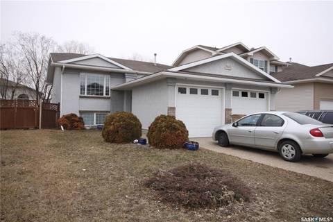 House for sale at 1665 Fenwick Cres N Regina Saskatchewan - MLS: SK787451