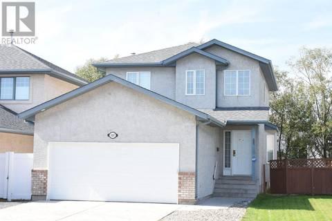 House for sale at 1667 Fenwick Cres N Regina Saskatchewan - MLS: SK786856