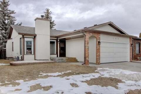 House for sale at 167 Deerpath Ct SE Calgary Alberta - MLS: C4290978