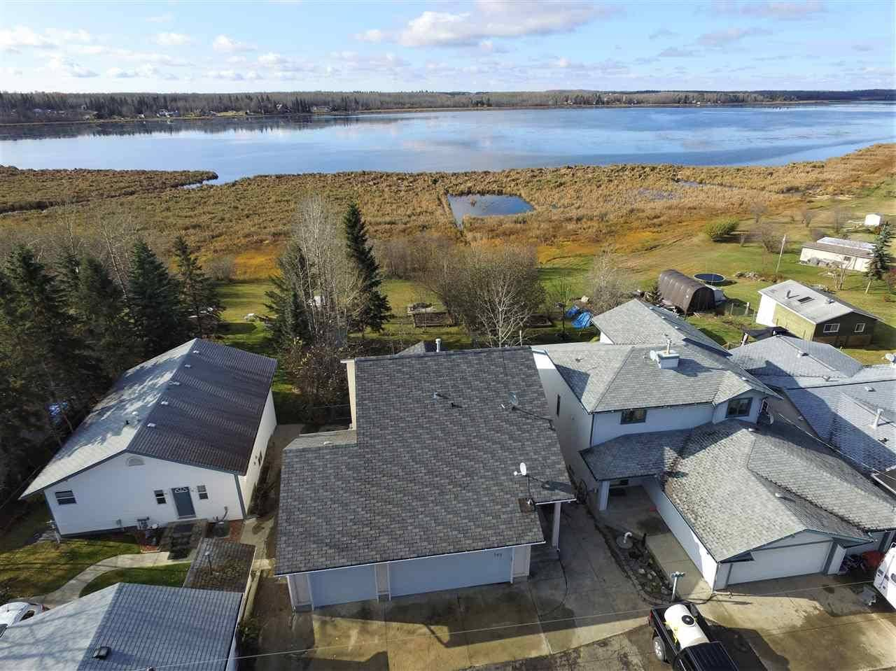 House for sale at 167 Lakeshore Dr Rural Lac Ste. Anne County Alberta - MLS: E4185960