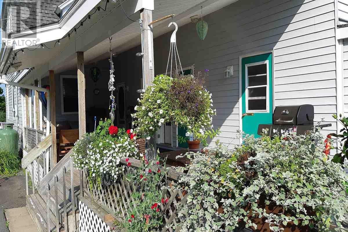 Residential property for sale at 167 Victoria Rd Lunenburg Nova Scotia - MLS: 201821077