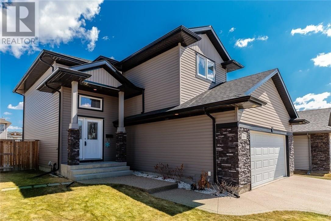 House for sale at 167 Whalley Cres Saskatoon Saskatchewan - MLS: SK815418