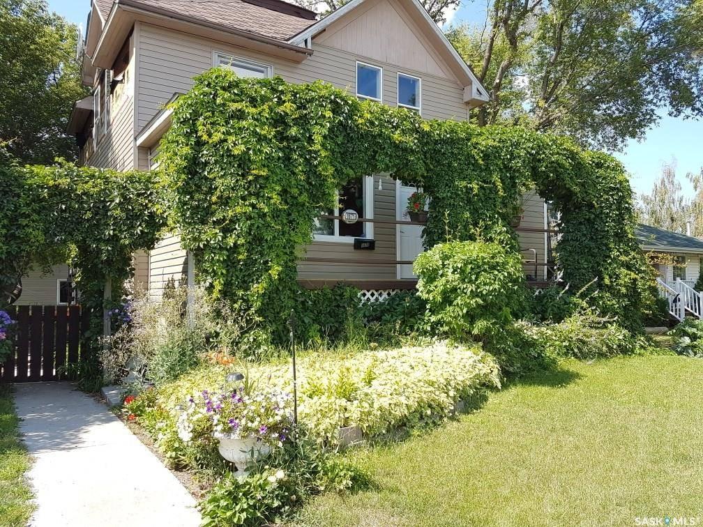 House for sale at 1671 103rd St North Battleford Saskatchewan - MLS: SK782508
