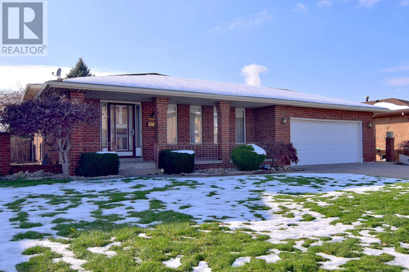 House for sale at 1671 Askin Ave Windsor Ontario - MLS: 19028604
