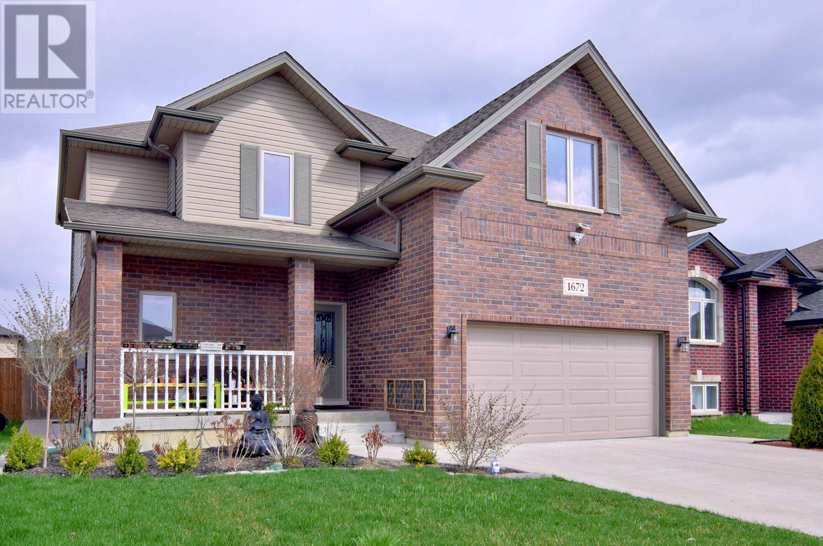 House for sale at 1672 Kenora  Windsor Ontario - MLS: 20004275