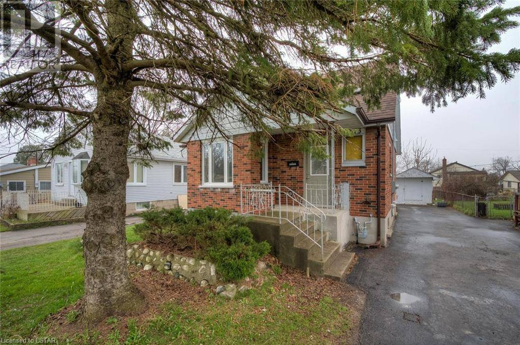 House for sale at 1673 Dale St London Ontario - MLS: 251155