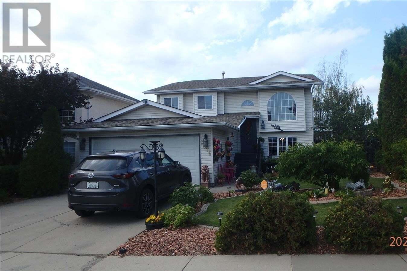 House for sale at 1676 Olive Diefenbaker Dr Prince Albert Saskatchewan - MLS: SK823580