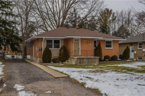 House for sale at 1678 Dale St London Ontario - MLS: 40053158