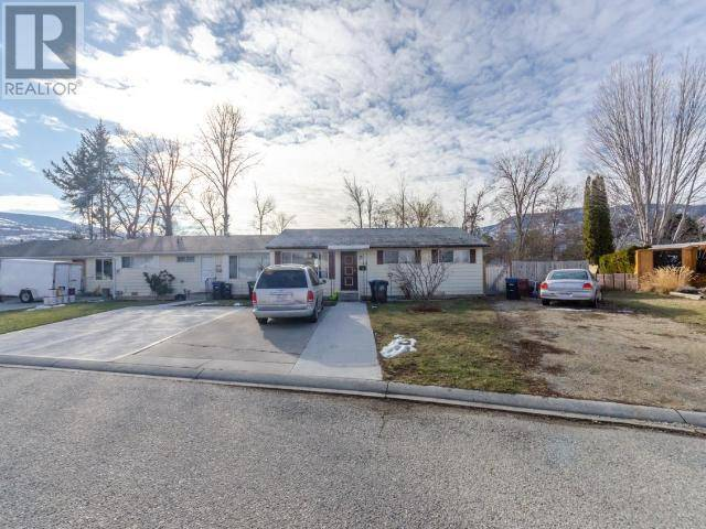Townhouse for sale at 168 Ayres Cres Penticton British Columbia - MLS: 182424