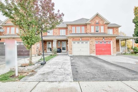 Townhouse for sale at 168 Kayla Cres Vaughan Ontario - MLS: N4965519