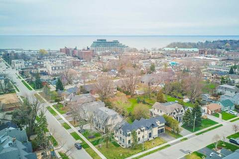 House for sale at 168 Nelson St Oakville Ontario - MLS: W4413578
