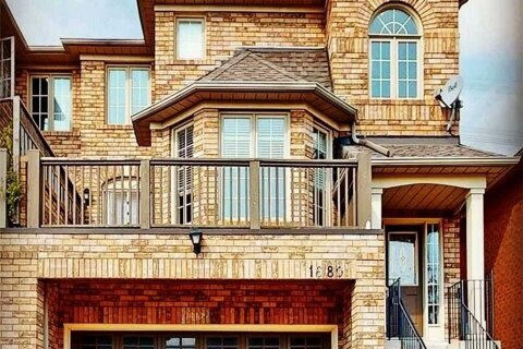 Townhouse for rent at 1680 Samuelson Circ Mississauga Ontario - MLS: W5055262