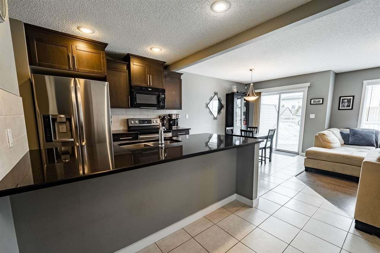 Townhouse for sale at 16832 53 St NW Edmonton Alberta - MLS: E4199201