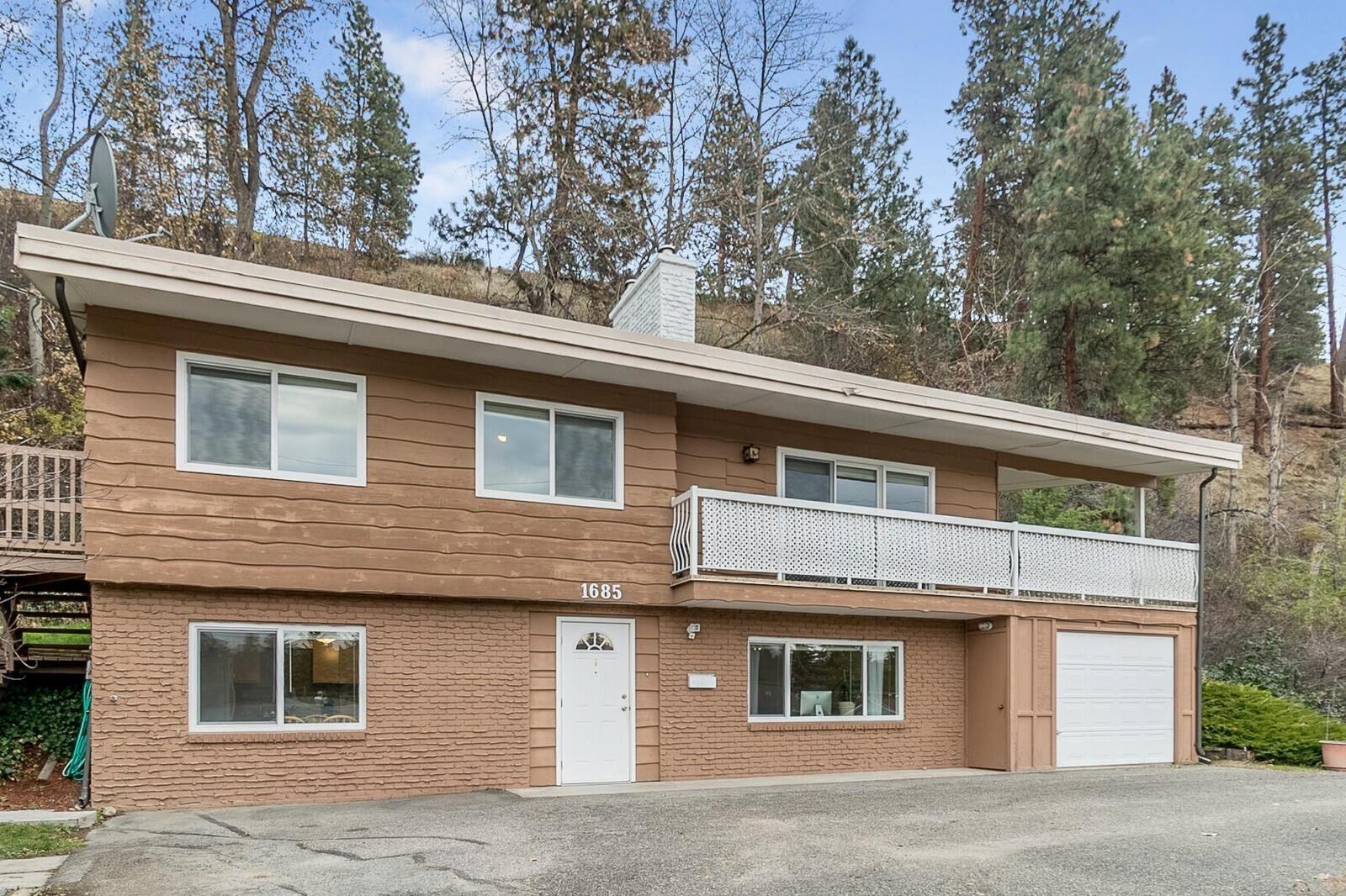 House for sale at 1685 Hollywood Rd South Kelowna British Columbia - MLS: 10220331
