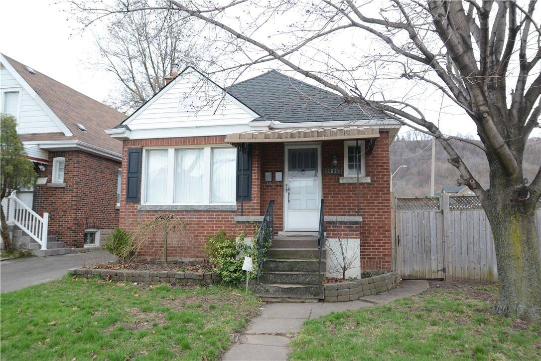 House for sale at 1686 King St E Hamilton Ontario - MLS: H4065443