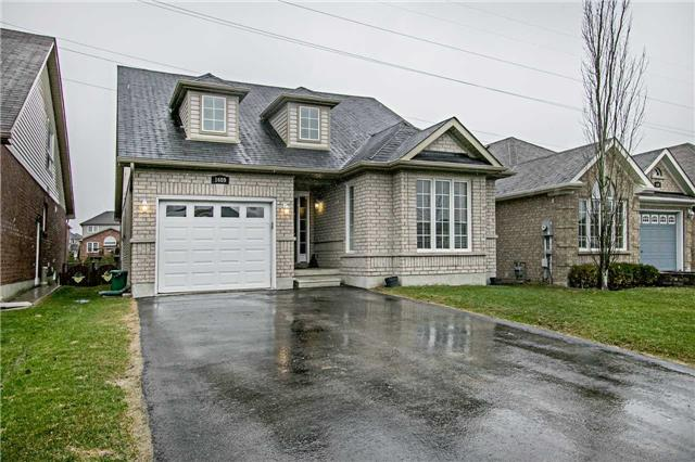 For Sale: 1689 Northfield Avenue, Oshawa, ON | 3 Bed, 3 Bath House for $579,900. See 14 photos!
