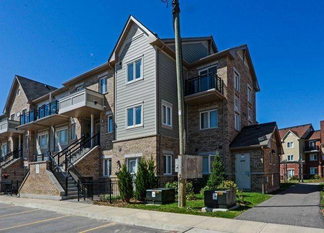 Daniels Firsthome: Brampton At Sunny Meadow Condos: 250 Sunny Meadow Boulevard, Brampton, ON