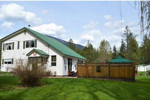 House for sale at 169 Alexander Rd Nakusp British Columbia - MLS: 2434130