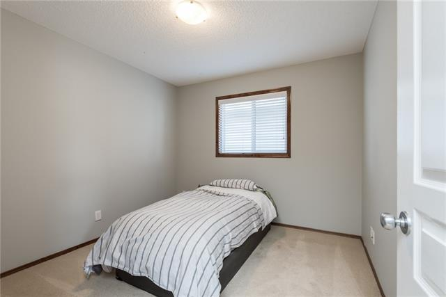 For Sale: 169 Elgin Manor Southeast, Calgary, AB | 3 Bed, 2 Bath House for $465,000. See 29 photos!
