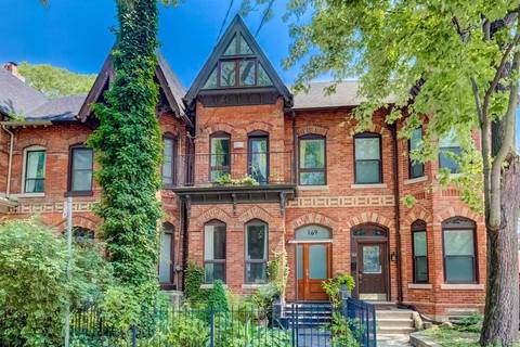 Townhouse for sale at 169 Seaton St Toronto Ontario - MLS: C4534662