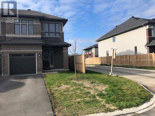 Townhouse for rent at 169 Shinny Ave Ottawa Ontario - MLS: 1174758