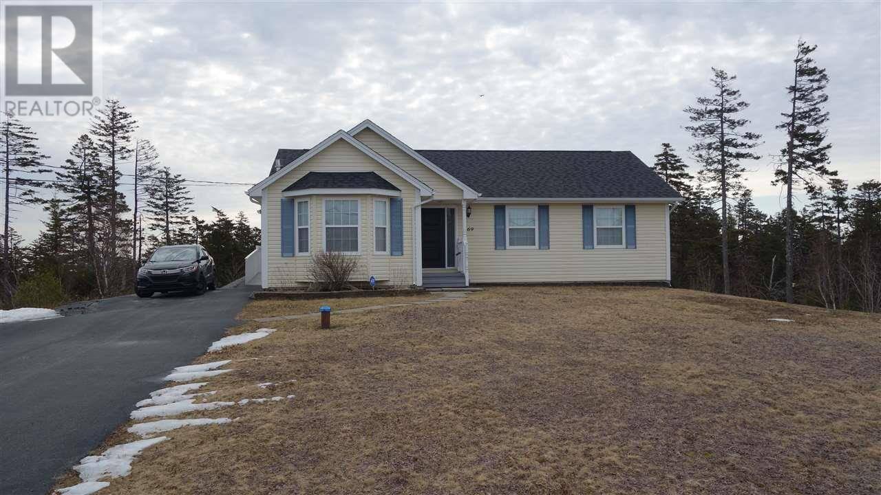 House for sale at 169 Summit Cres Upper Tantallon Nova Scotia - MLS: 202004332