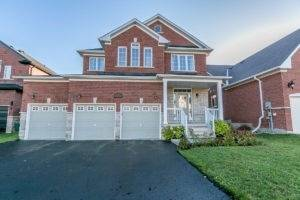 House for sale at 169 The Queensway  Barrie Ontario - MLS: S4633327