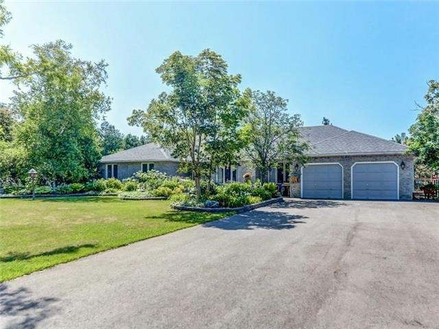For Sale: 169 Thompson Drive, East Gwillimbury, ON | 3 Bed, 5 Bath House for $1,399,999. See 15 photos!