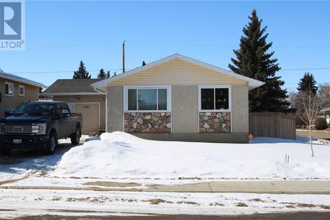 House for sale at 1691 106th St North Battleford Saskatchewan - MLS: SK804473