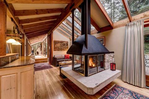 House for sale at 1693 Malkin Creek Rd Bowen Island British Columbia - MLS: R2429384