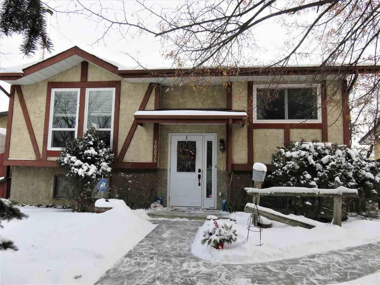 16935 92 Street Nw, Edmonton | Image 1