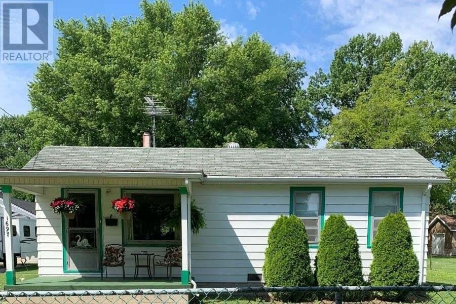 House for sale at 1697 Glendale  Windsor Ontario - MLS: 20010512