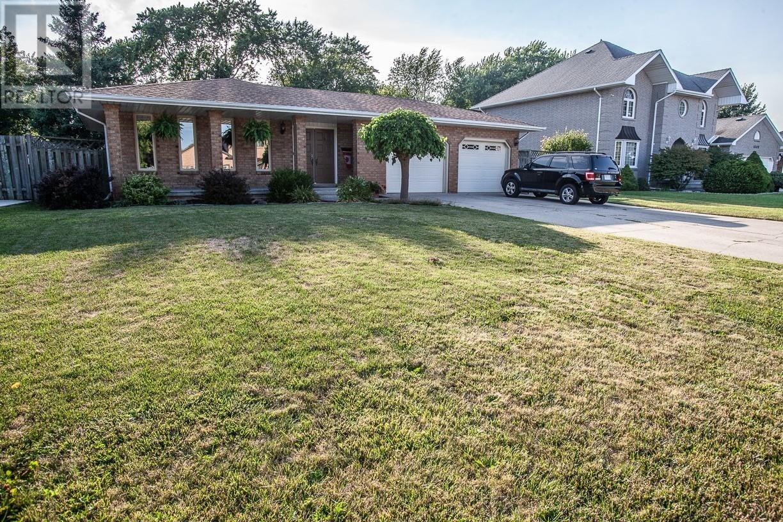 House for sale at 1697 Hebert  Tecumseh Ontario - MLS: 20010092