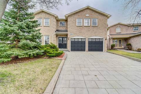 House for sale at 1699 Summergrove Cres Mississauga Ontario - MLS: W4419809