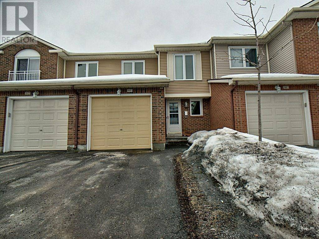 Townhouse for sale at 16 Millrise Ln Nepean Ontario - MLS: 1183935