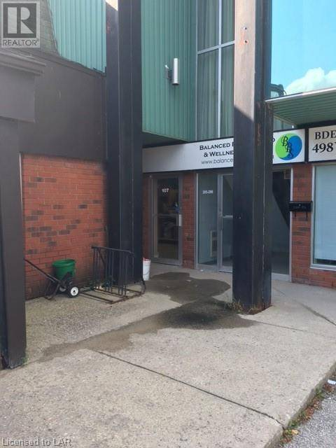 Commercial property for lease at 107 Colborne St Apartment 17 Orillia Ontario - MLS: 213054