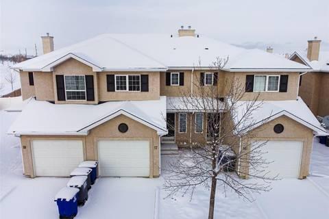 Townhouse for sale at 127 Banyan Cres Unit 17 Saskatoon Saskatchewan - MLS: SK803048