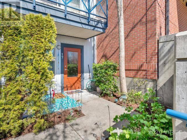 Townhouse for sale at 1406 Jingle Pot Rd Unit 17 Nanaimo British Columbia - MLS: 467911
