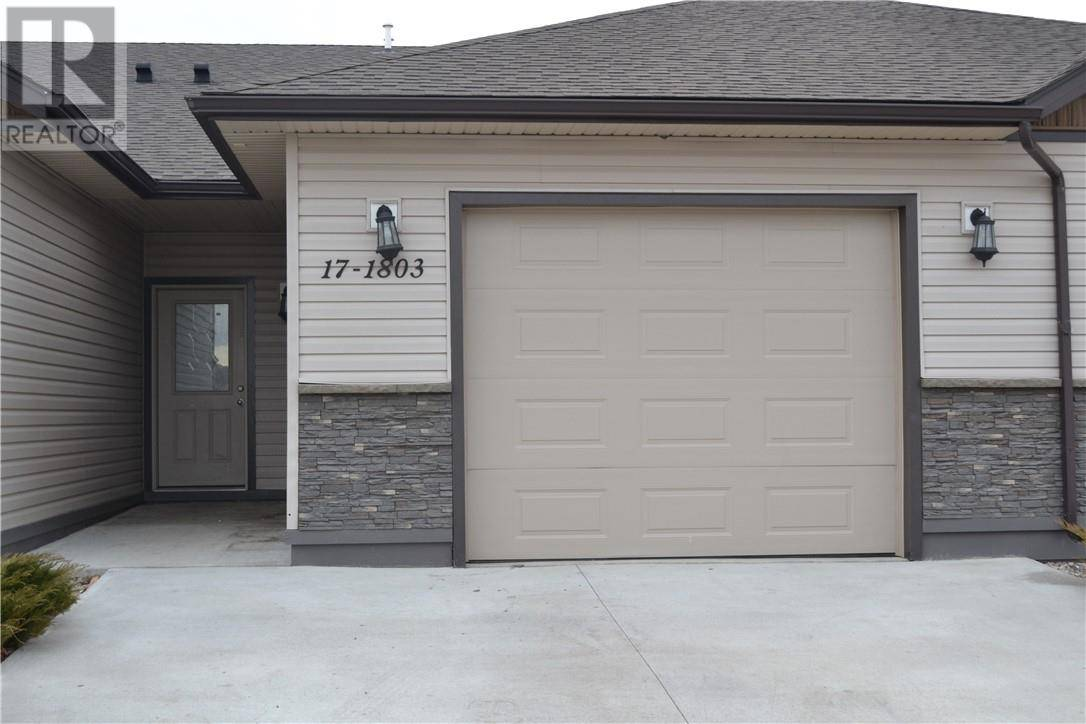 Townhouse for sale at 1803 1 Ave Unit 17 Fort Macleod Alberta - MLS: ld0183702