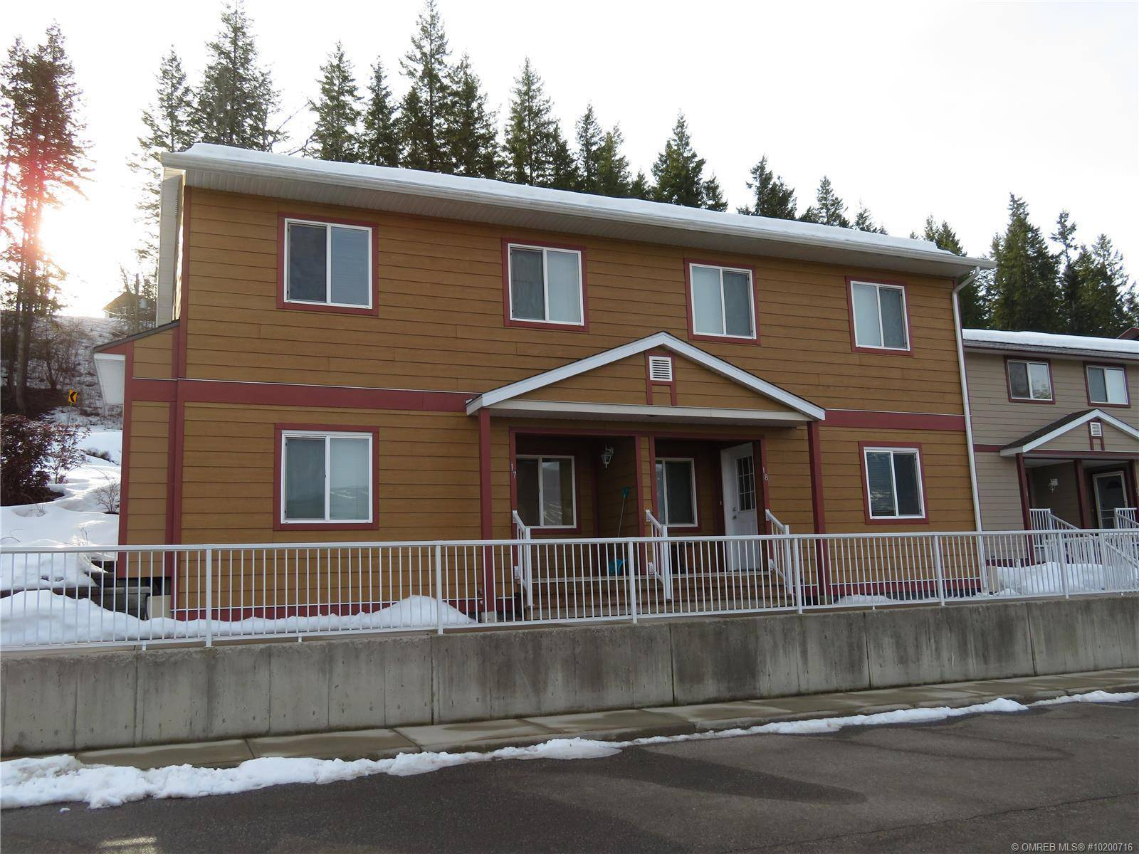 Townhouse for sale at 1070 1 St Southeast Unit 17-20 Salmon Arm British Columbia - MLS: 10200716