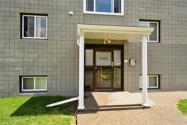 For Sale: 17 - 2104 17 Street Southwest, Calgary, AB | 2 Bed, 1 Bath Condo for $199,000. See 20 photos!