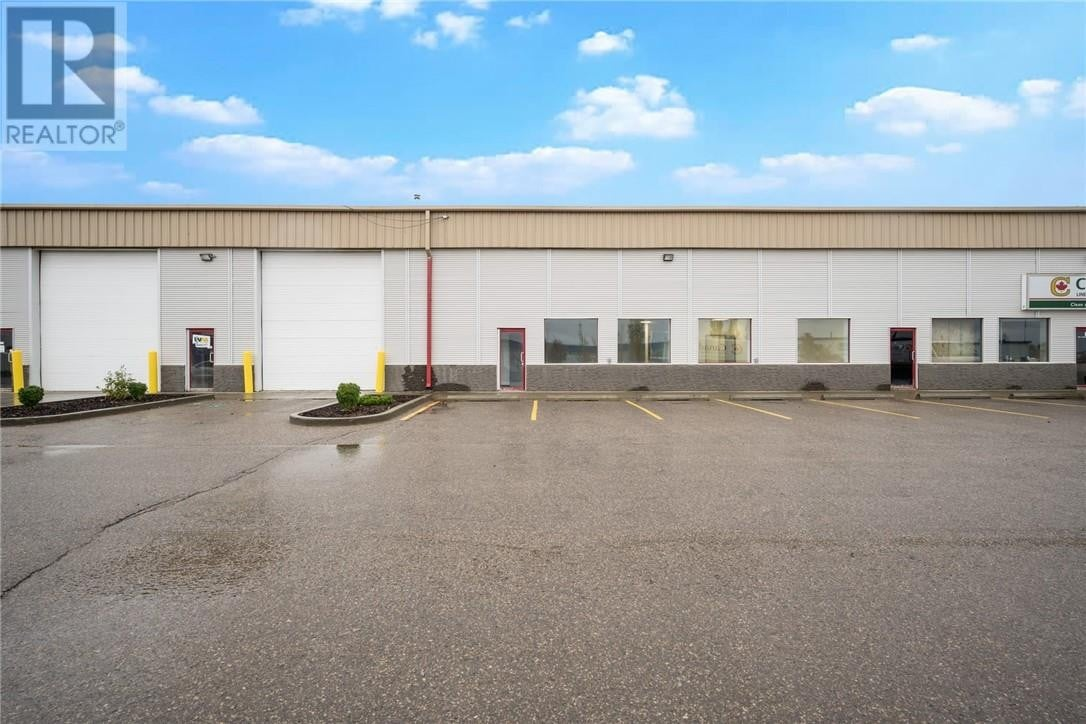 Commercial property for lease at 230 Mackay Cres Apartment 17 Fort Mcmurray Alberta - MLS: fm0191305