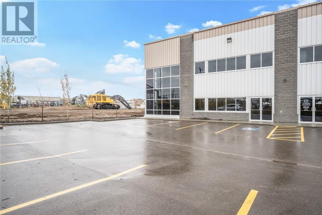 Commercial property for lease at 240 Mackay Cres Apartment 17 Fort Mcmurray Alberta - MLS: fm0191310